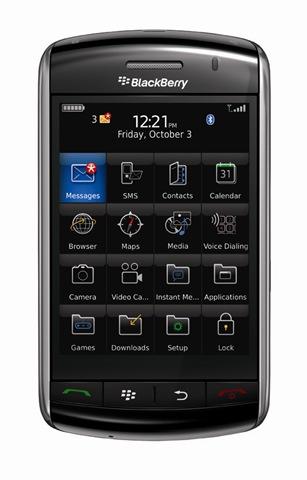 35820_BlackBerry Storm1_LR