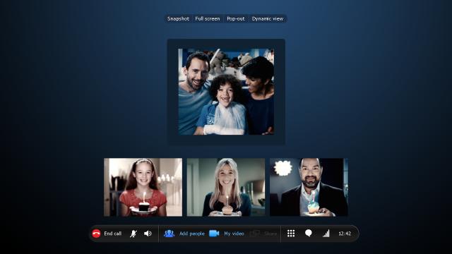 group-video-calling-full-screen